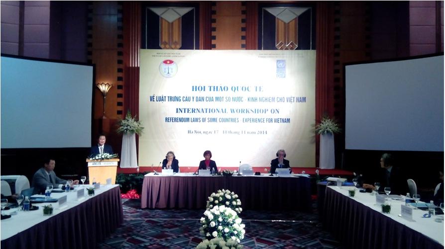 Hội thảo quốc tế về Luật Trưng cầu ý dân.