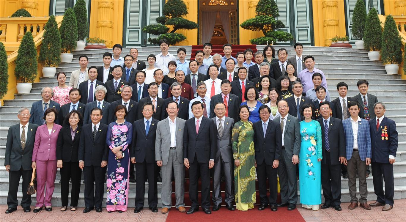 Chủ tịch nước Trương Tấn Sang gặp mặt Đại biểu Điển hình hình tiên tiến Hội Luật gia Việt Nam