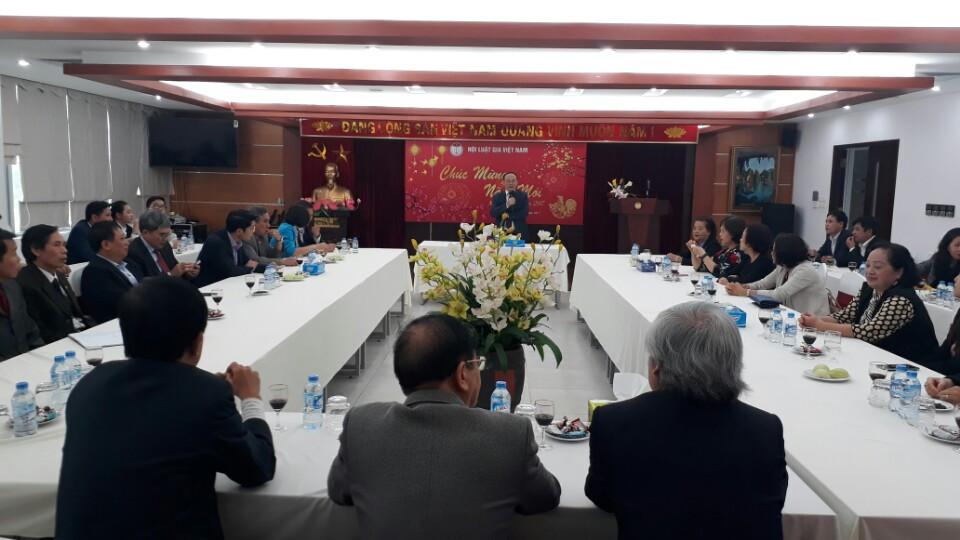 Cơ quan Trung ương Hội Luật gia Việt Nam phấn đấu hoàn thành tốt nhiệm vụ được giao trong năm 2017.