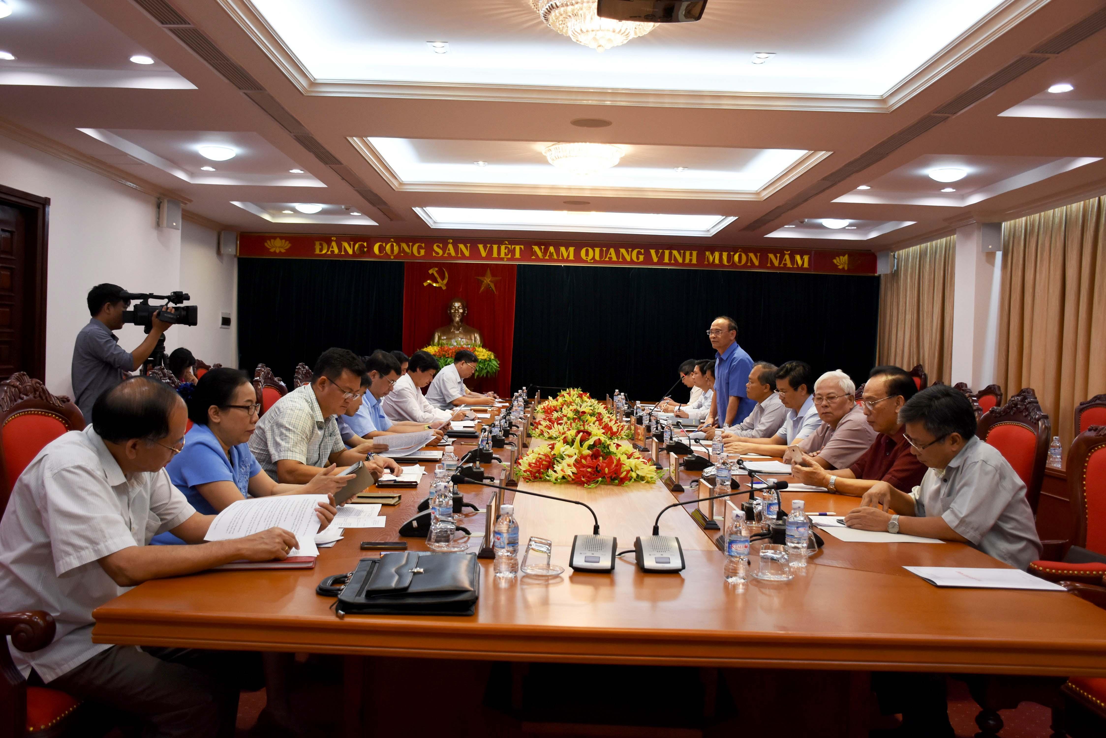 Đảng đoàn Hội Luật gia Việt Nam làm việc với Thường trực tỉnh ủy và UBND tỉnh Hòa Bình