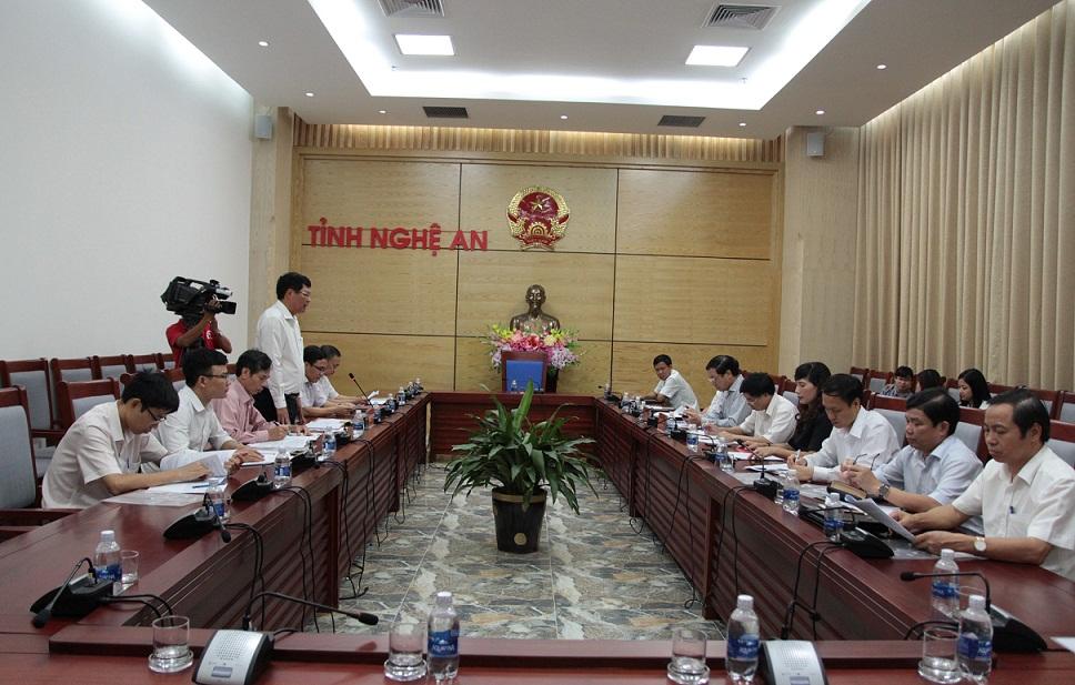 Đoàn công tác của Đảng đoàn Hội Luật gia Việt Nam làm việc với Thường trực Tỉnh ủy và Thường trực Uỷ ban Nhân dân tỉnh Nghệ An.