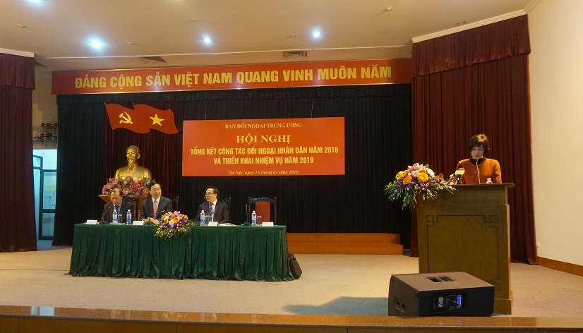 Năm thứ ba liên tiếp, Hội Luật gia Việt Nam được tặng Cờ Thi đua của Ban Đối ngoại Trung ương Đảng